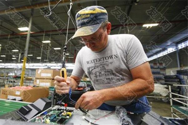 美国制造业表面看来热络 但有许多领域仍相当疲软