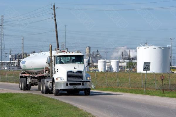 经历前所未有的一年后 2021年原油需求可能仍乏力