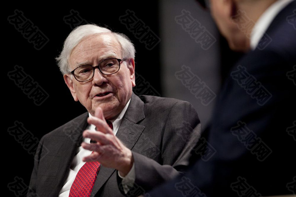 """沃伦·巴菲特仍然坚信美国梦 在年度股东信中称""""永远不要做空美国"""""""