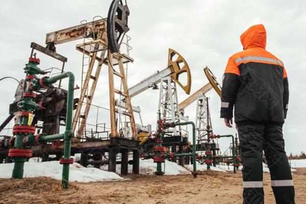 接近70美元的油价对世界经济复苏构成了挑战