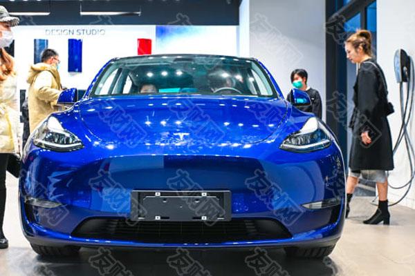 分析师称:拜登的电动汽车雄心可能会让特斯拉的股价飙升至1300美元