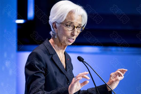 """拉加德:欧元区经济不能撤走货币和财政刺激这""""两根拐杖"""""""