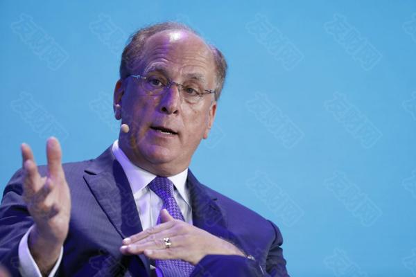 """全球最大资产管理公司的首席执行官称:""""我非常看好股市"""""""