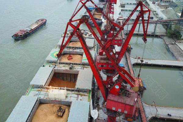 美国贸易代表称:正全面审查中国贸易政策 尚未安排中美高级别会议