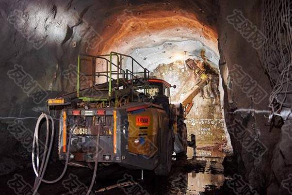 """分析师称铜是""""新的石油"""" 低库存可能将铜价推至每吨2万美元"""