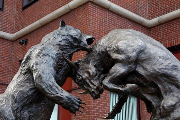 """长期看空的投资者戴维·泰斯警告称 现在投资股票和比特币""""非常危险"""""""