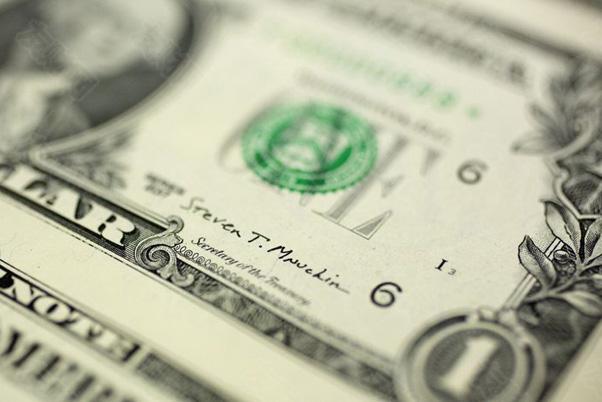 每个人都看好美元 因为缩减购债计划使美元成为头号押注对象