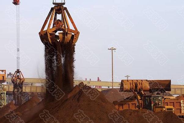 铁矿石价格上涨50%是加剧通胀担忧的最新因素